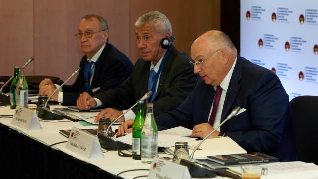 Вячеслав Кантор считает рост напряжённости между странами угрозой режиму ядерного нераспространения