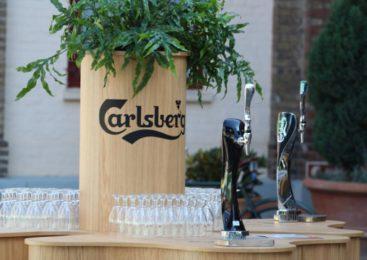 Владимир Познер посетил пивоварню Carlsberg в Копенгагене